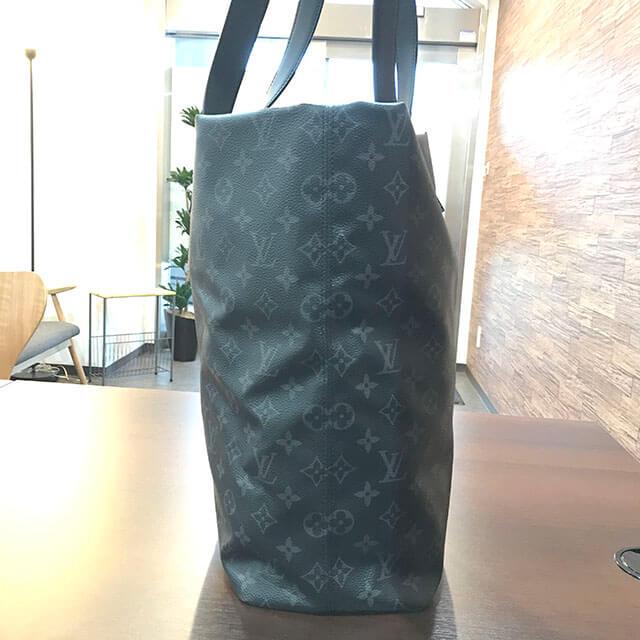 大阪のお客様からヴィトンのエクリプスのバッグ【カバ・ライト】を買取_02