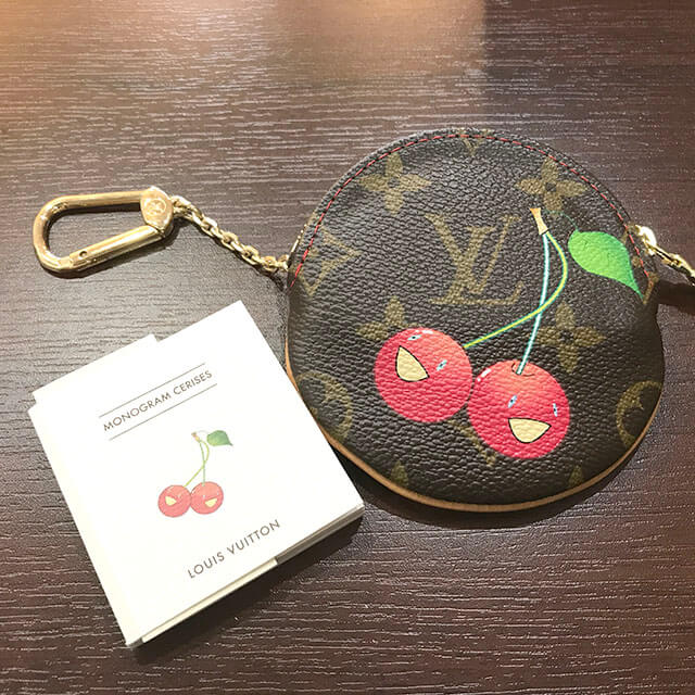花巻のお客様からヴィトンのモノグラムチェリーの財布【ポルトモネ・ロン】を買取_02