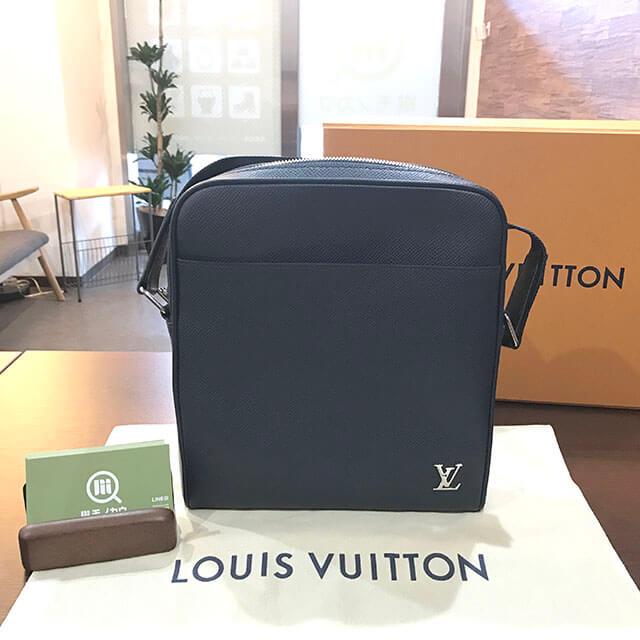 枚方のお客様からヴィトンのタイガ【メッセンジャー PPM】ショルダーバッグを買取_01