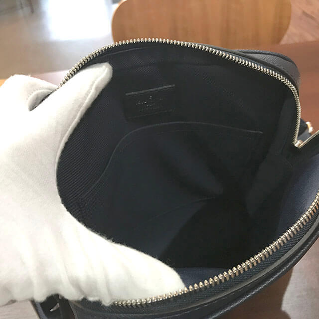 枚方のお客様からヴィトンのタイガ【メッセンジャー PPM】ショルダーバッグを買取_03