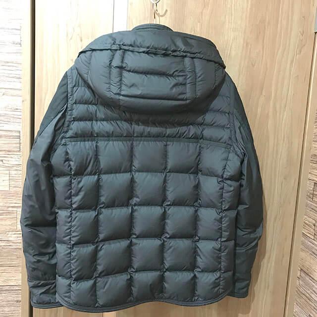 上本町のお客様からモンクレールのダウンジャケット【RYAN(ライアン)】を買取_02