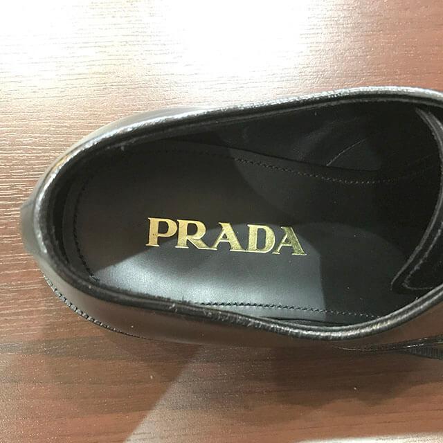 大阪のお客様からプラダのドレスシューズを買取_04