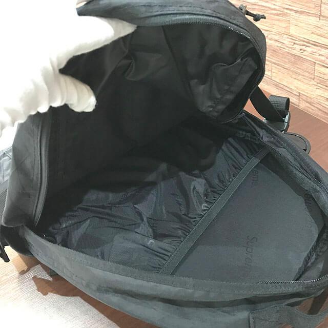 花巻のお客様からSupreme(シュプリーム)の18FWバックパックを買取_04
