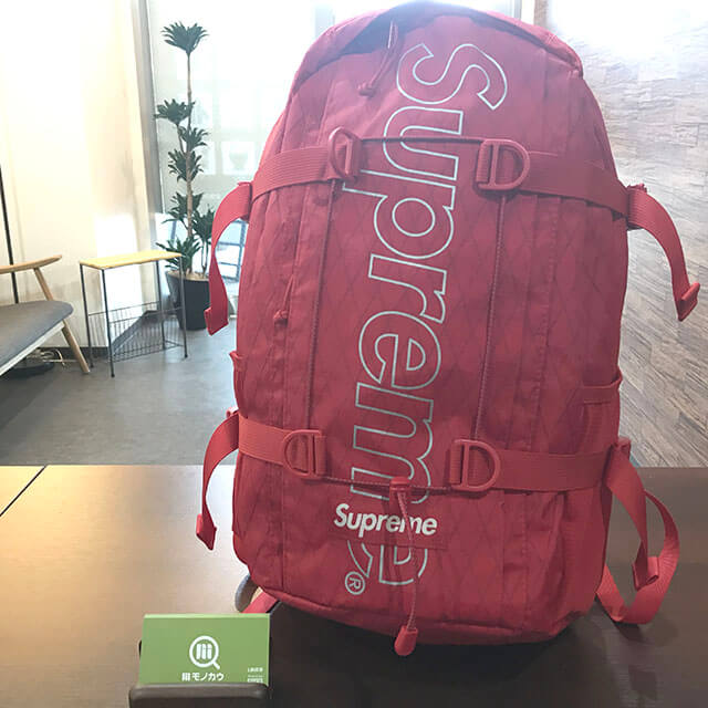 堺のお客様からシュプリームの18FW【Backpack(バックパック】リュックを買取_01