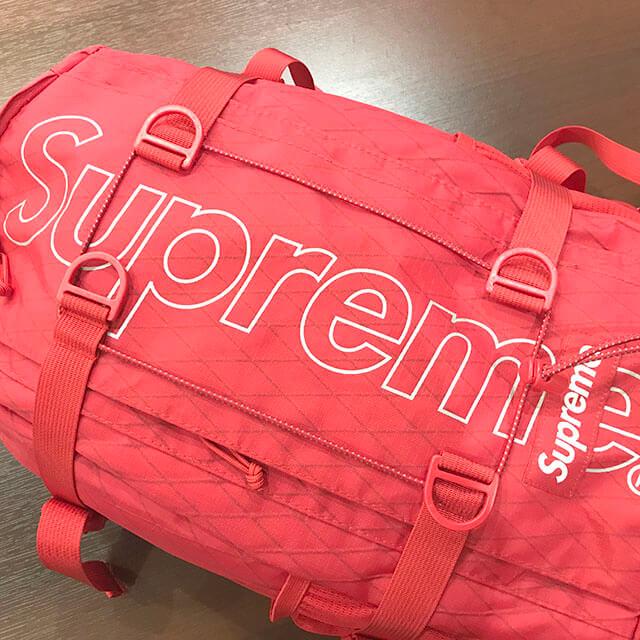 堺のお客様からシュプリームの18FW【Backpack(バックパック】リュックを買取_03