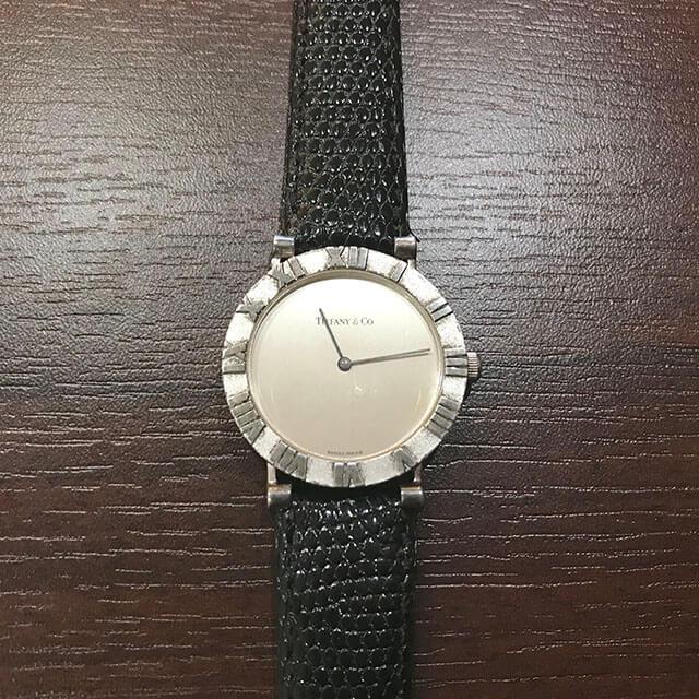 天王寺のお客様からティファニーのメンズ腕時計【アトラス】を買取_02