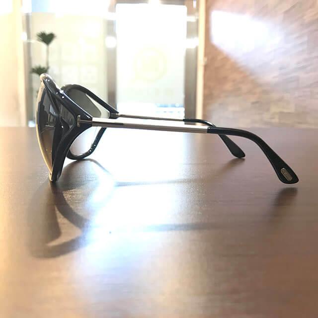 和泉のお客様からトムフォードのサングラス【Bella】を買取_02