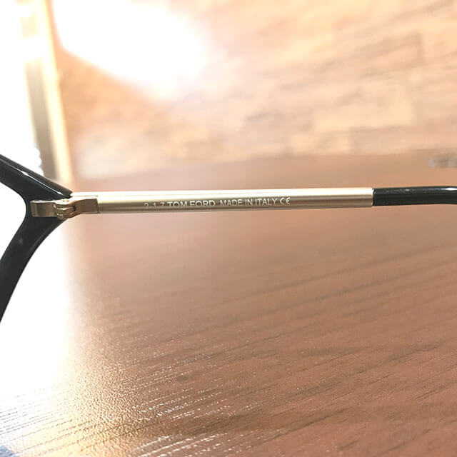 和泉のお客様からトムフォードのサングラス【Bella】を買取_03