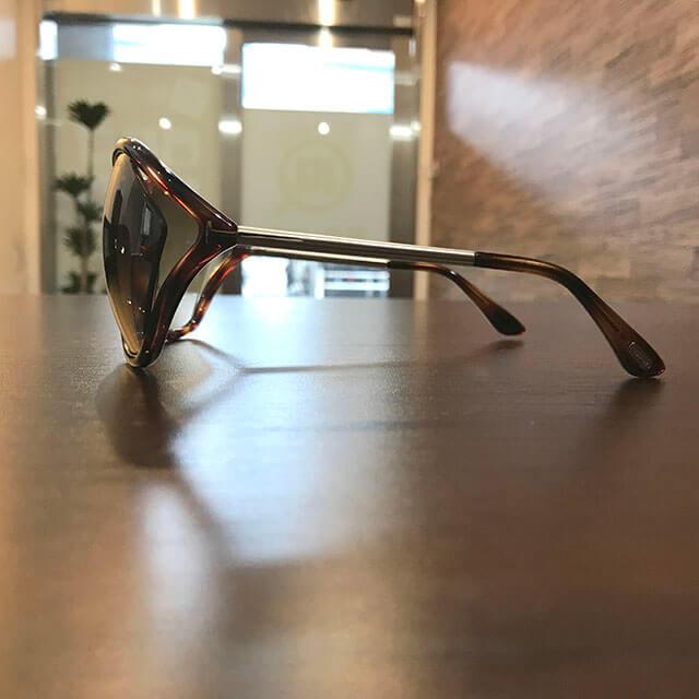 大阪のお客様からトムフォードのサングラス【Bella】を買取_02