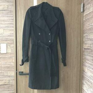 芦屋のお客様からジバンシイのコートを買取