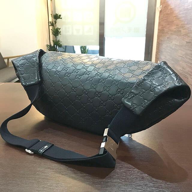深江橋のお客様からグッチのシマラインのウエストバッグを買取_02