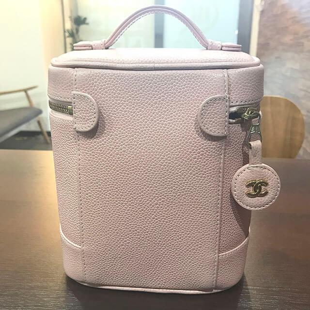 芦屋のお客様からシャネルのピンクの【バニティバッグ】を買取_02