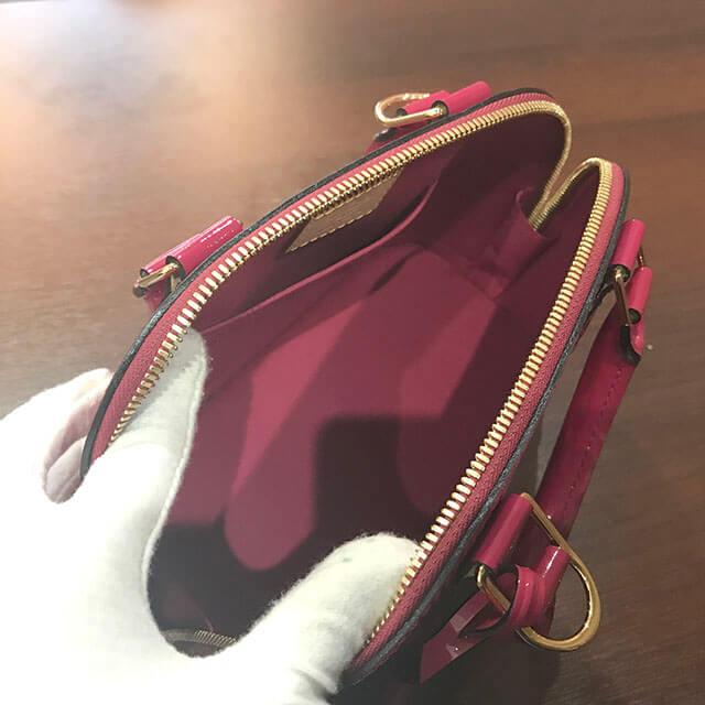芦屋のお客様からヴィトンのヴェルニ【アルマBB】2wayバッグを買取_03