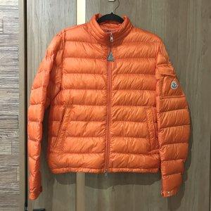 熊本のお客様からモンクレールのダウンジャケット【LAMBOT(ランボー)】を買取