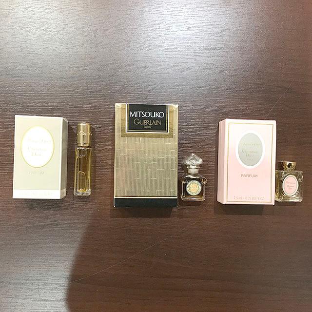 大阪のお客様からシャネルやディオールなどの香水セットを買取_02