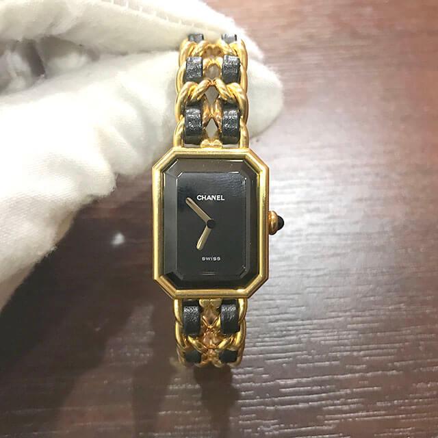 枚方のお客様からシャネルの腕時計【プルミエール】を買取_02