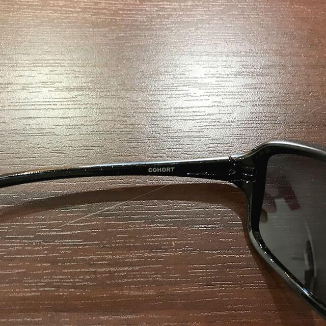 大阪梅田のお客様からオークリーのサングラス【COHORT(コホート)】を買取_04