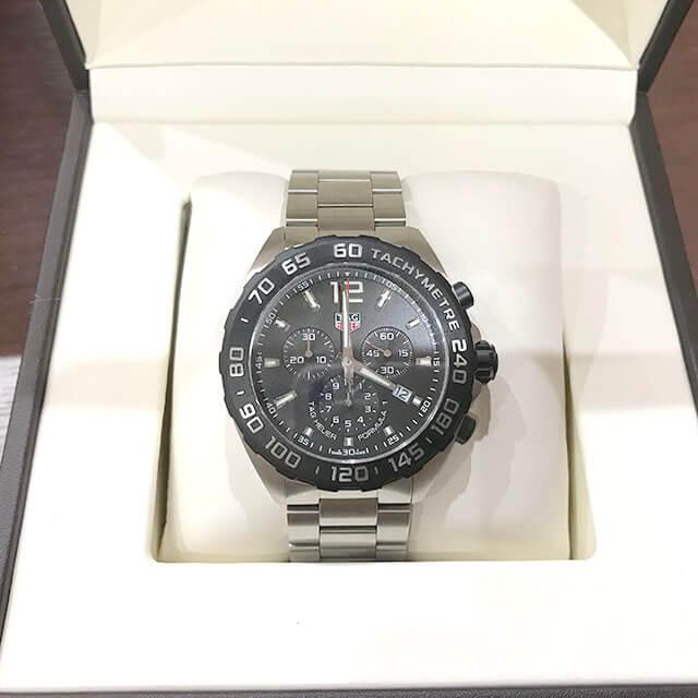 寝屋川のお客様からタグホイヤーの腕時計【フォーミュラ1 クロノグラフ】を買取_02