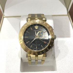 寝屋川のお客様からヴェルサーチの腕時計【29G Vレース】を買取