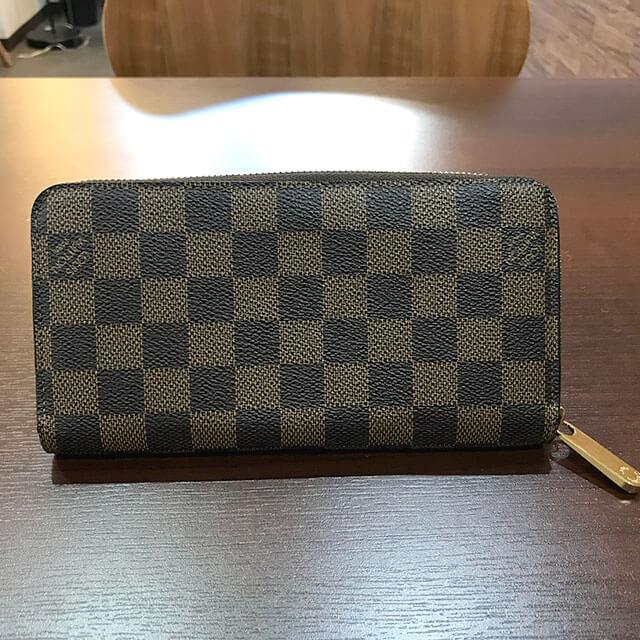 阿倍野のお客様からヴィトンのダミエの長財布【ジッピーウォレット】を買取_02