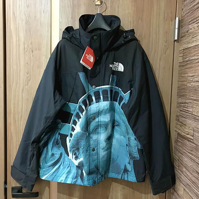 多治見のお客様からシュプリーム×ノースフェイス【Statue of Liberty Mountain Jacket】を買取_01