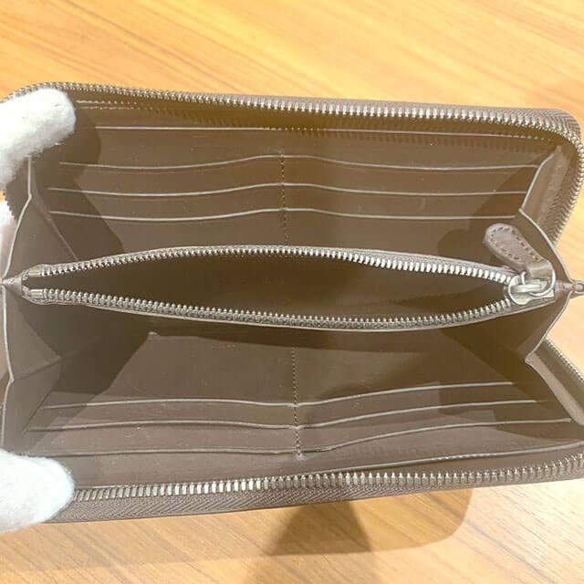 西成のお客様からベルルッティのカリグラフィの長財布を買取_04