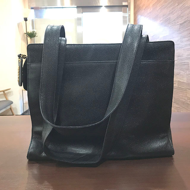 モノカウ緑橋店にて東成区のお客様からシャネルのキャビアスキンのバッグを買取_02