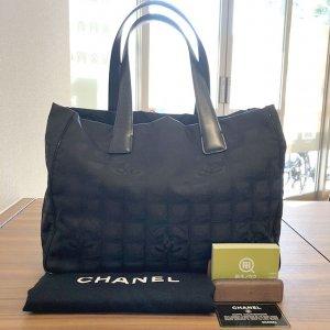 堺のお客様からシャネルの【ニュートラベルライン】のトートバッグを買取