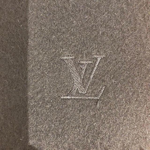 東大阪のお客様からヴィトンのカシミアマフラーを買取_03