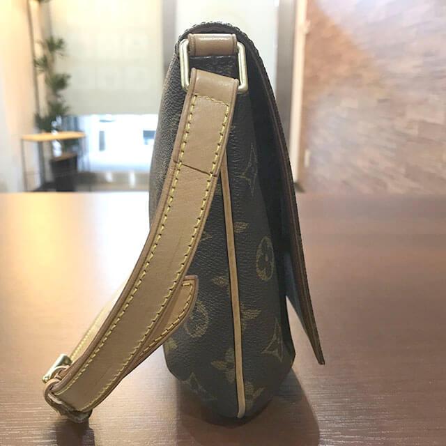 交野のお客様からヴィトンのバッグ【ミュゼットタンゴ】を買取_03