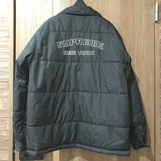 九条のお客様からシュプリームの【19AW Reversible Puffy Work Jacket Tribal】を買取_04