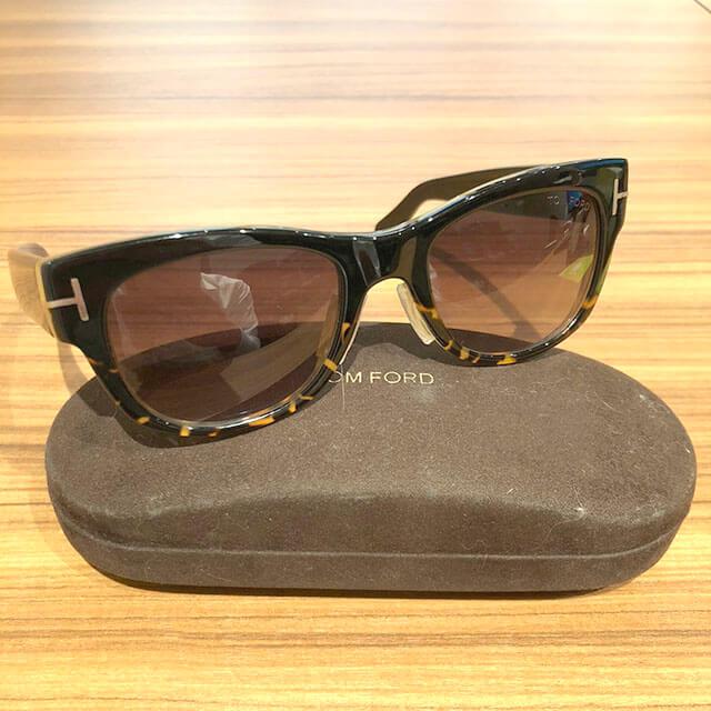 大阪のお客様からトムフォードのサングラス【Cary】を買取_02