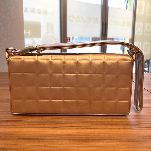 大阪のお客様からシャネルの【チョコバー】のショルダーバッグを買取_02