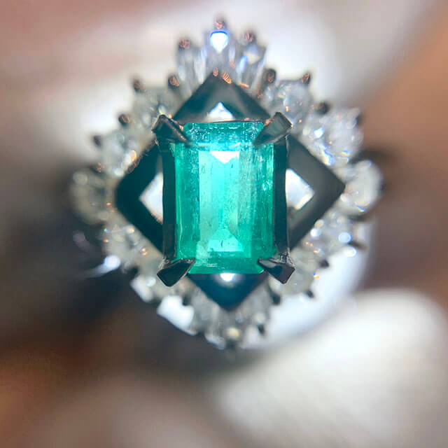 今里のお客様からエメラルドの指輪を買取_02