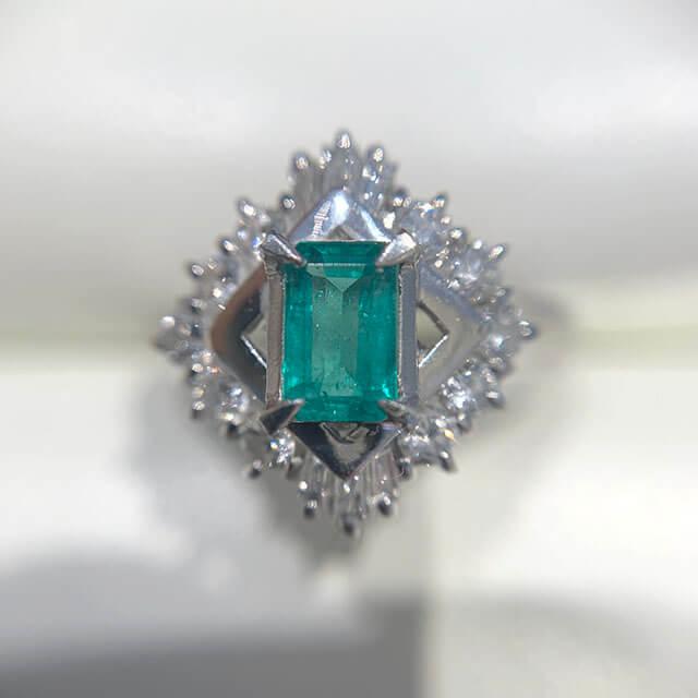 今里のお客様からエメラルドの指輪を買取_03