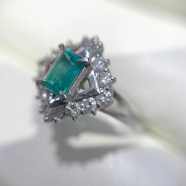 今里のお客様からエメラルドの指輪を買取_04
