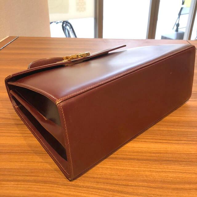 北浜のお客様からフェラガモの【ガンチーニ】2wayバッグを買取_04