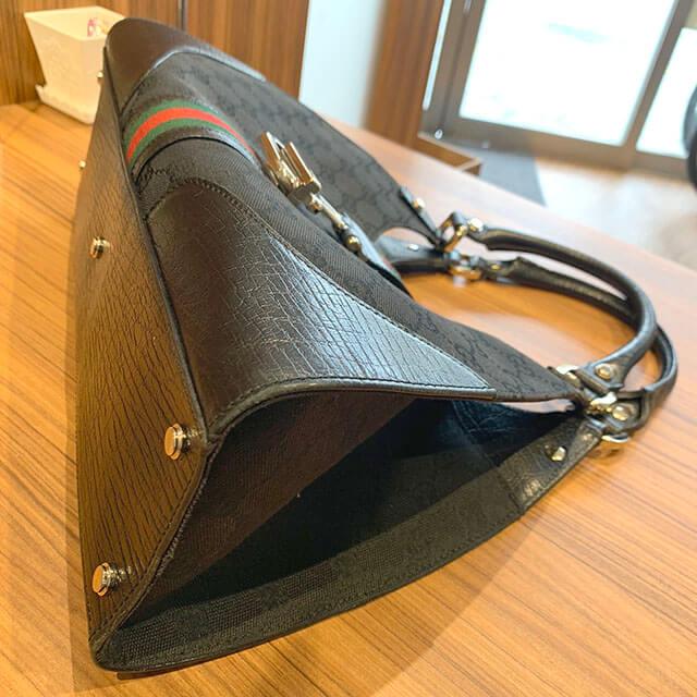 岸里のお客様からグッチの【シェリーライン】のGGキャンバスショルダーバッグを買取_03