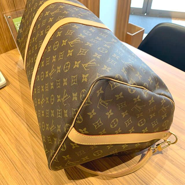 岸里のお客様からヴィトンのボストンバッグ【キーポル・バンドリエール55】を買取_03