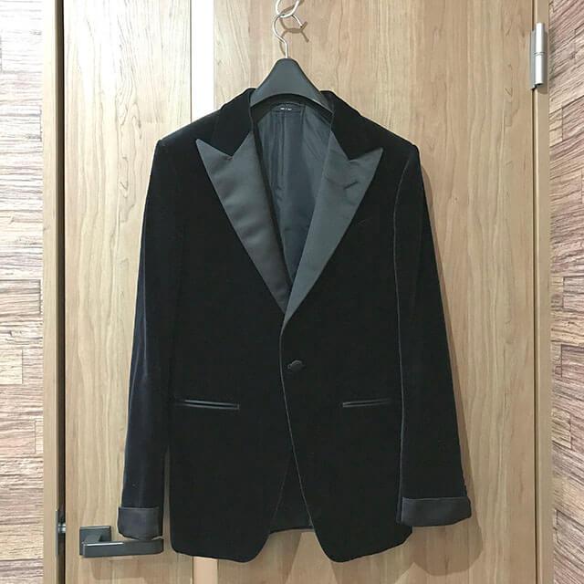 大阪のお客様からトムフォードの【O'Connor(オコナー) スーツ】を買取_01