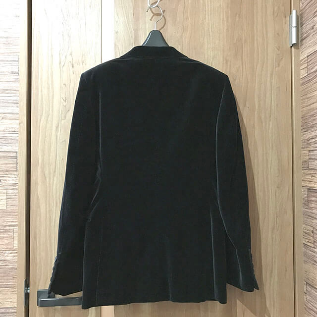 大阪のお客様からトムフォードの【O'Connor(オコナー) スーツ】を買取_02