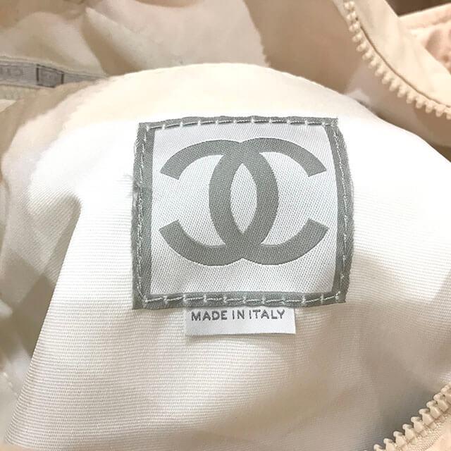 玉造のお客様からシャネルスポーツのナイロンバッグを買取_04