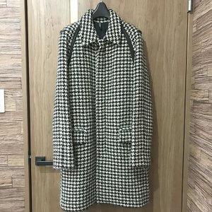 郡山のお客様からディオールオムの2007年コレクション【千鳥柄 パイピングコート】を買取