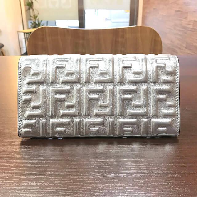 長岡京のお客様からフェンディの【ズッカ柄】長財布を買取_02
