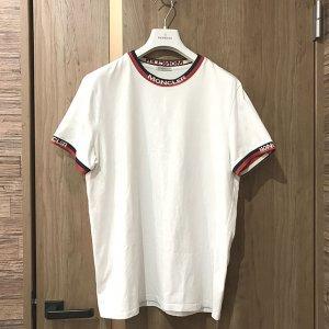 新今宮のお客様からモンクレールの【マグリア Tシャツ】を買取