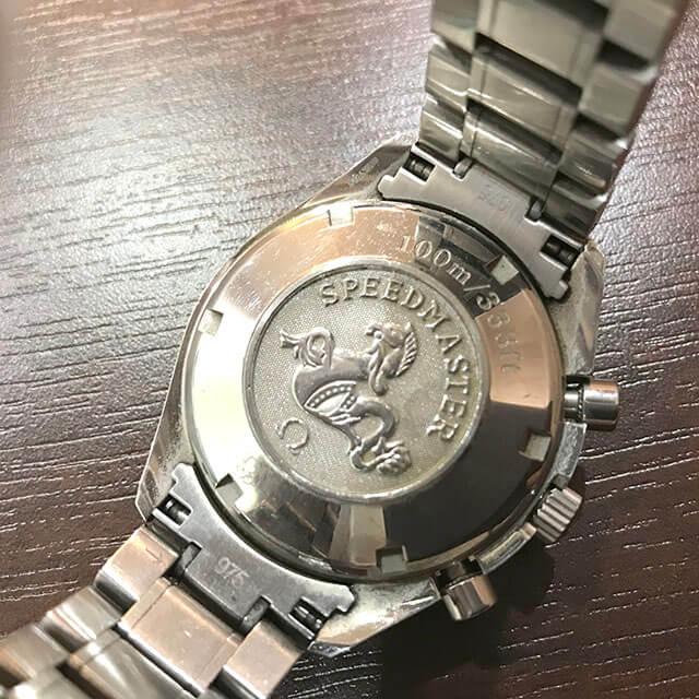 枚方のお客様からオメガの腕時計【スピードマスター】を買取_03