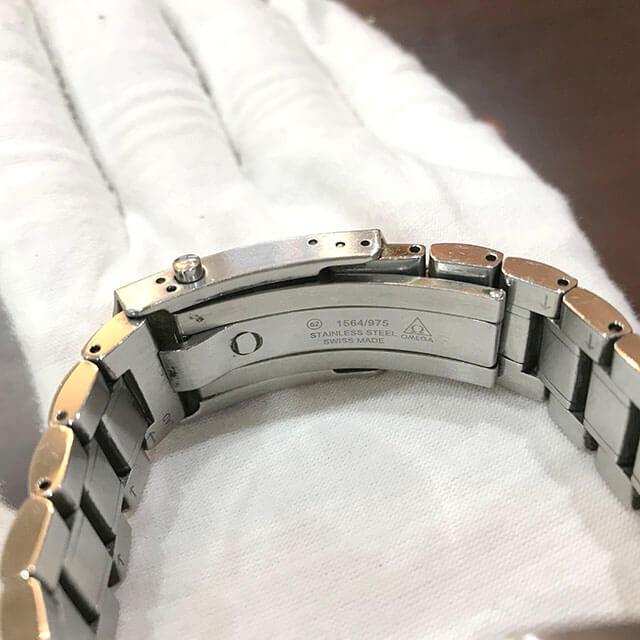 枚方のお客様からオメガの腕時計【スピードマスター】を買取_04