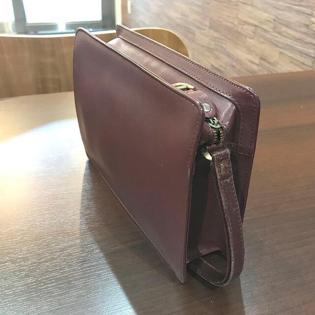 奈良のお客様からカルティエのクラッチバッグを買取_02