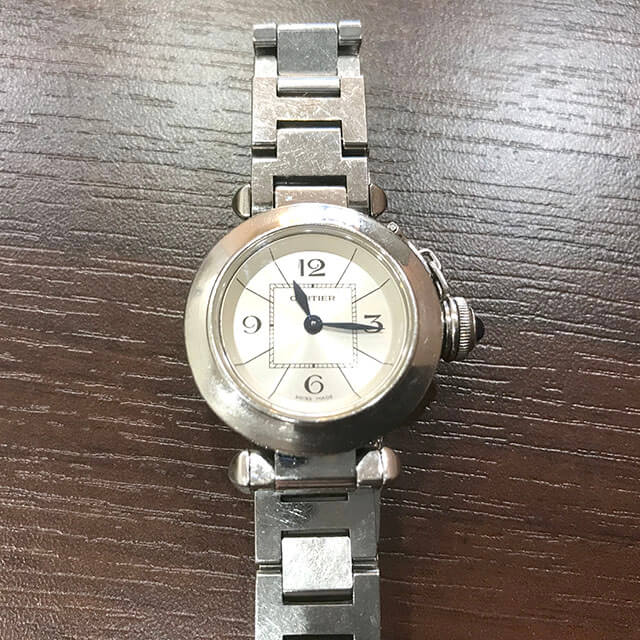 モノカウ玉造店にてカルティエの腕時計【ミスパシャ】を買取_02