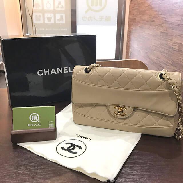 大阪のお客様からシャネルの【マトラッセ】チェーンショルダーバッグを買取_01